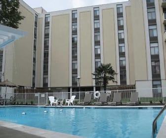 Royal Mace Apartments, Ocean View, Norfolk, VA