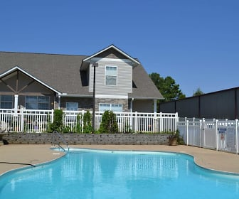 Pool, Fieldstone Townhomes