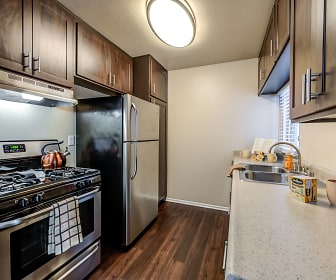 Kitchen, Kendallwood Apartments