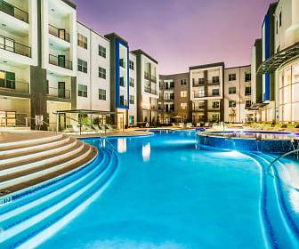 Pool, Maple District Lofts