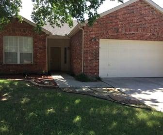 1217 Indian Trail Road, Roanoke, TX