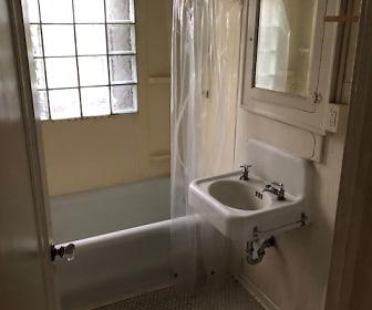 Bathroom, 1321 E 1st St