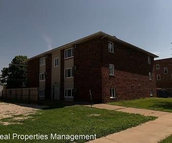 Building, 515 W Monroe