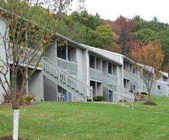 207 Bornt Hill Rd, Ross Corners Christian Academy, Vestal, NY