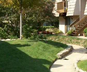Villa West, 67203, KS