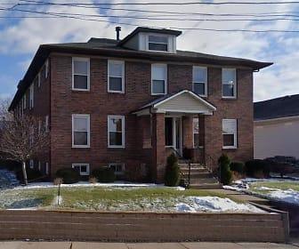 3025 BRADY STREET, Sudlow Intermediate School, Davenport, IA
