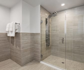 3BR B Bathroom, The Duchess