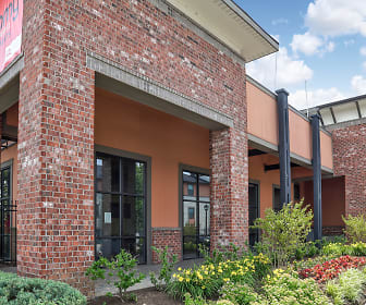 Leasing Office, Bellamy Student Apartments at Louisville, The