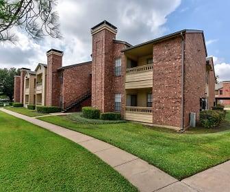 Villa Del Mar, 76017, TX