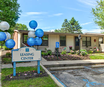 Leasing Office, Ridgewood Apartments