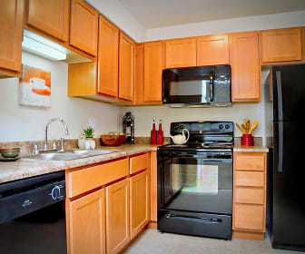 Kitchen, Westminster Apartments & Townhomes