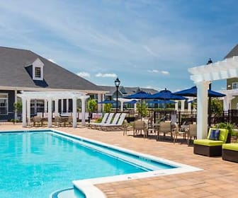 Pool, Avalon Huntington Station