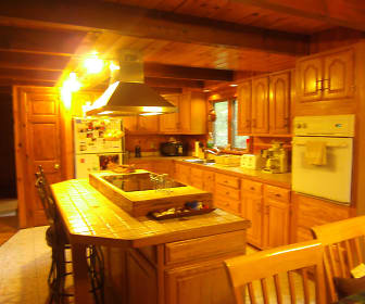Kitchen, 235 Snow Valley Drive