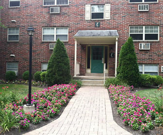 Fonthill Apartments, Doylestown, PA