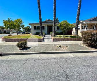 798 Londonderry Dr, Stocklmeir Elementary School, Sunnyvale, CA