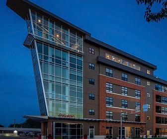 Peloton Residences, Edgewood College, WI