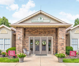 Willow Creek Apartment Homes, Parkcrest, Springfield, MO