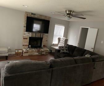 Living Room, 2705 Poplar Grove