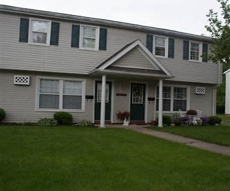 Stoney Creek Apartments, Bailey Lakes, OH