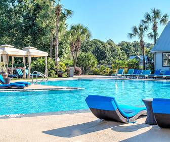 Pool, Seminole Grand - Per Bed Lease