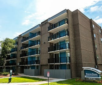 Beacon House Apartments, Front Range Community College, CO