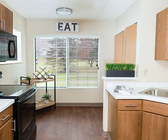 Kitchen, Mequon Trail Townhomes