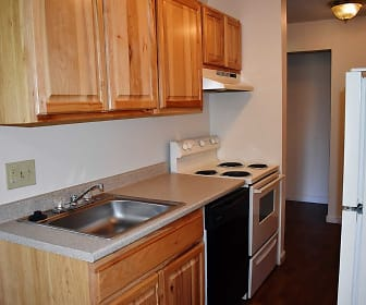 Kitchen, Stillwater Village Apartments