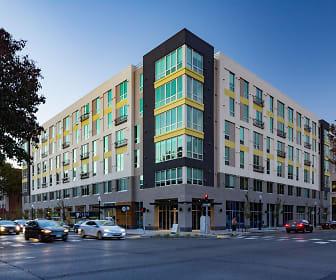 Building, EVIVA Midtown