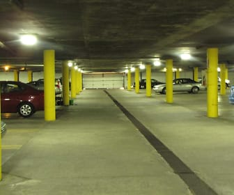 Garage Parking Available, Portage Trail East