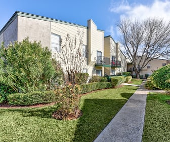 Creekwood Apartments, Harker Heights, TX
