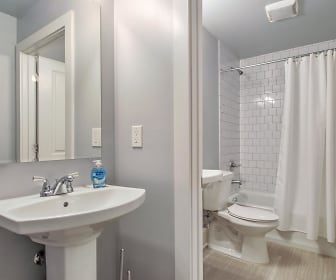 Room for Rent - Beautiful Home in Downtown, LSU Health New Orleans, New Orleans, LA