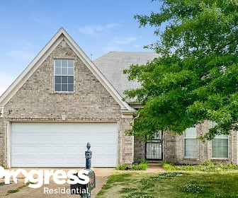 12794 Fox Hunter Drive, Center Hill Middle School, Olive Branch, MS