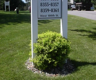 8351 W 100th St, Olson Middle School, Bloomington, MN