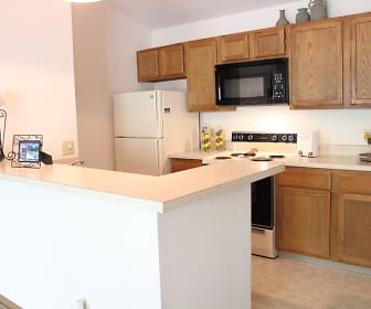 Spacious Kitchen, Sugar Pines
