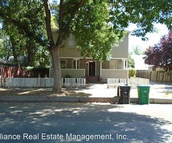 617 Chestnut, California Park, Chico, CA