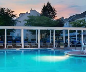 Pool, Avalon at Florham Park