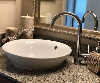 Bathroom, Saratoga Cove