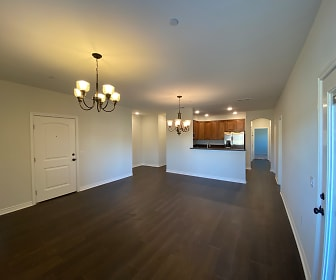 Santa Barbara Luxury Apartment Homes, Bloomington, CA