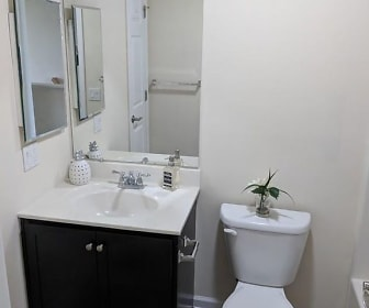 Bathroom, HudsonView Living