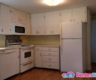 Kitchen, 438 Cherry St