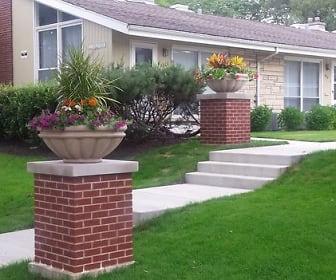 432 Ridge Rd., Wilmette, IL