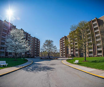 Building, Laurel Village Apartments