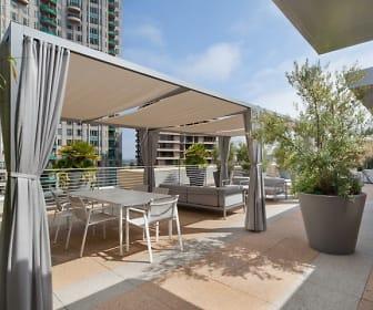 Wilshire Margot: ONLINE TOURS & LEASING, Westwood, CA