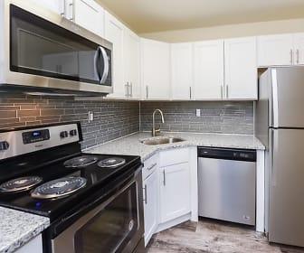 Kitchen, The Fairways Apartment Homes