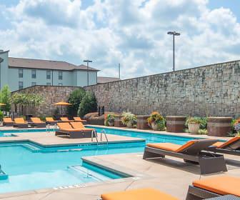 Pool, Highlands Of West Village