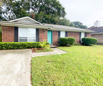 164 Bordeaux Lane, Colonial Oaks, Savannah, GA