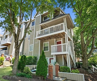 5804 Inman Park Cir Apt 300, South Kensington, MD
