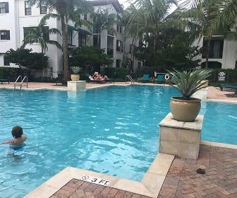 Pool, Nob Hill Rd