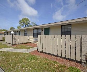 Building, Palm Harbor Villas Apartments