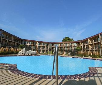 Courtyard Apartments, Blackstone, Saint Louis Park, MN